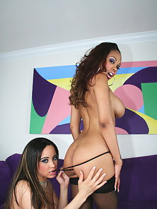 Lacey and Simone love to have a horny and sleazy foreplay action