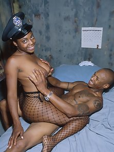Horny female prison guard nails her prisoner here