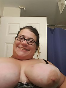 Looking for cum tribute for my thick white wife