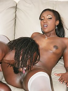 Cum drips down black hotties tits after banging a fat dick