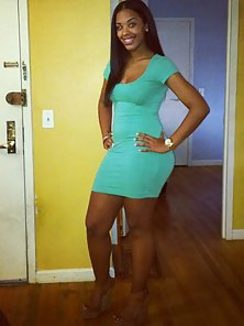 Amateur ebony chick shows off her sexy body in a dress