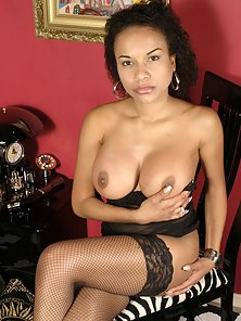 Black Hottie milf