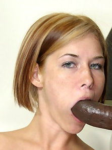 Little white girl fucks big black dude