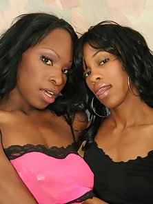 Two ebony sistahs break out their sex toys to get off here