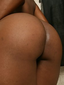 Super skinny ebony MILF showing off her naked body