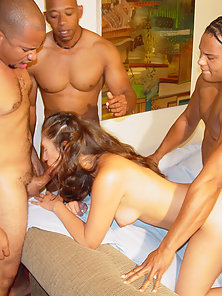 Brown haired exchange sucking with four guys