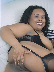 Busty Ebony Babe Madly Showing Her Nice Ass and Wet Twat