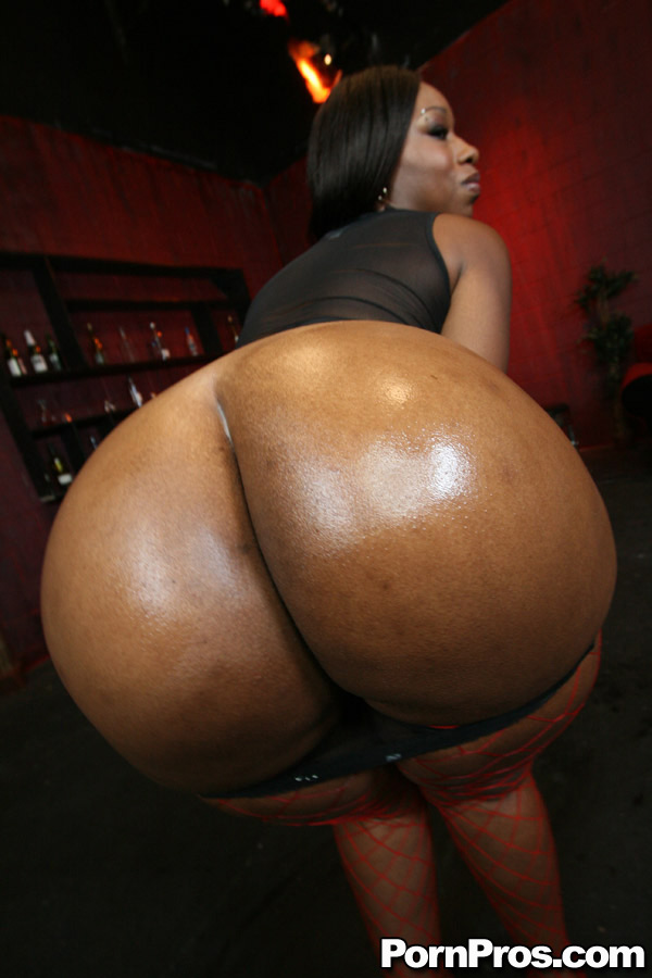 Two Black Babes Bouncing Booties.