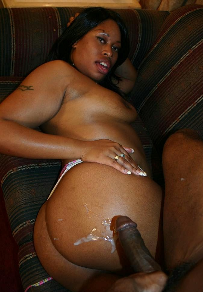 Thick And Horny Ebony Brandy Dearborn Flaunt Her Big Booty -7693