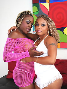 Busty black lesbian sluts Coco and Yexes doing naughty plays