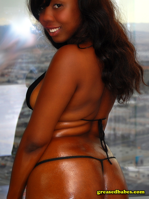 Ebony sexy body black oiled