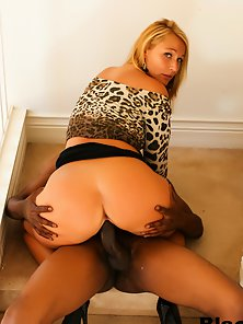 Blonde Mellanie Monroe With Big Tits Loves Big Black Dick Fuck