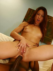 Lovely Redhead Chick Love her Yummy Pussy Fucked by BBC
