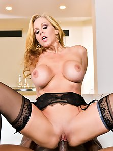 Pretty Blonde Babe Julia Ann Gets her Pussy Banged Hard by Rob Piper