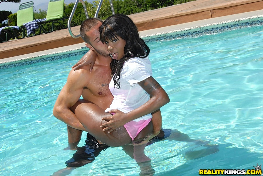 Super Hot Black Ebony Teen Fucked In The Pool In These Hot -7942