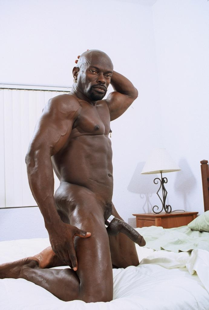 Bodybuilder Strapon Naked Bodybuilders In Bed