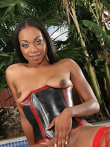 Erotic Busty Ebony Slut Rubbing Cunt and Anal Pounded in Bare Breast Pose
