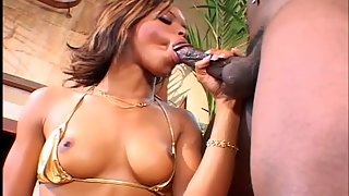 Wonderful Ebony Teen with Attractive Tits Fucking her Pussy by Dildo
