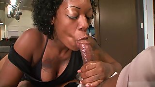 Curly Hair Black Bitch Swallows Deeply Fat BBC before Pounding